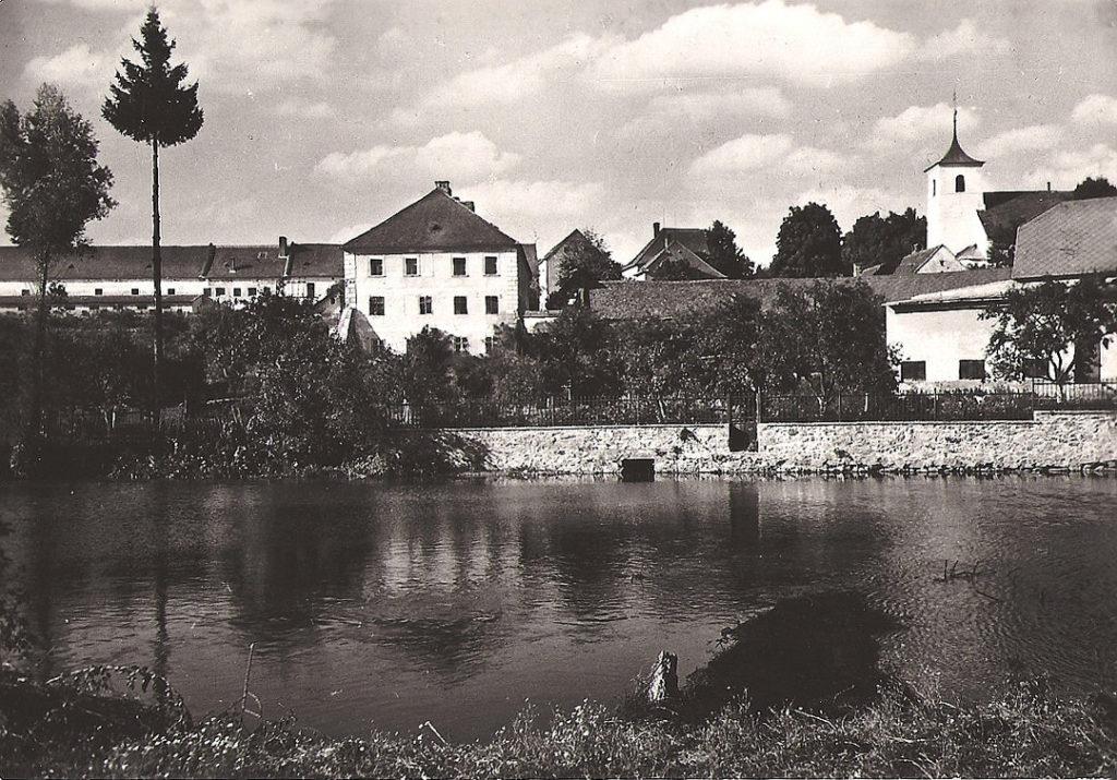 Biskupický zámek cca 1951